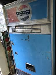Lacrosse Vending Machine Beauteous Vintage Pepsi Vending Machine Works Very Cold Lacrosse Cooler For