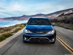 2018 chrysler town and country release date. interesting date 2018 chrysler pacifica front inside chrysler town and country release date
