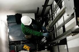 Resultado de imagem para manutenção elevador residencial