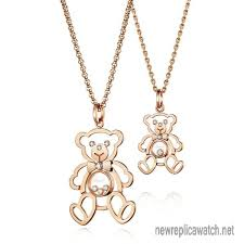 chopard happy diamonds bear necklace always is the classic and hot commodity the hollowed design of cute teddy bear looks smart and it is the star