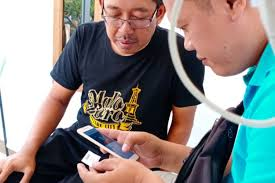 Jika pelanggan baru ingin pasang wifi indihome dirumah harus mengetahui besaran biaya pasang wifi indihome dan biaya setiap bulannya. Rahasia Budi Sediakan Internet Murah Untuk 1 Kampung Di Garut Halaman All Kompas Com