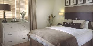 How To Declutter Your Home A Ridiculously Thorough Guide Budget Cool How To Declutter A Bedroom