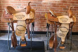 round robin roping saddles