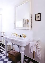 「お洒落な外国の洗面所」の画像検索結果