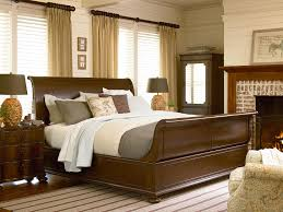 Paula Deen Bedroom Furniture Collection Paula Deen By Universal River House Low Country Day Bed With Metal