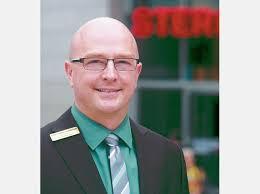Center-Manager <b>Kai Ehlers</b>. Ab März gelte der neue Mietvertrag, <b>...</b> - 994721434-280_008_2853482_sll2302kai-h534