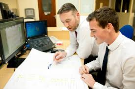 huge career opportunities make apprenticeships a rewarding mentors are always available to help studies
