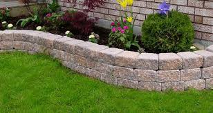 the garden accent retaining wall system