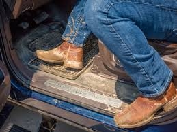 ford adds vinyl flooring option to 2017 super duty platinum king ranch trims