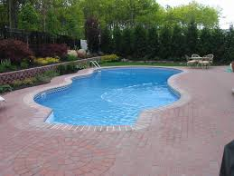 why vinyl is the best choice for inground pool liner replacement and new installations