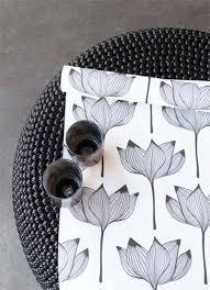 Zilveren Art Deco Bloem Behang