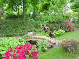 Lawn & Garden:Unique Japanese Garden Design Ideas With Small Wooden Bridge  Exquisite Japanese Garden