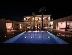 location vacances avec piscine chauffée en drôme provençale