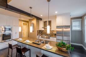 dream doors kitchens for kitchen renovations is australia s trusted kitchen company the business draws on experience gained over the last 14 years in