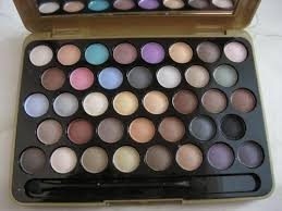 mac eyeshadow palettes make up kits