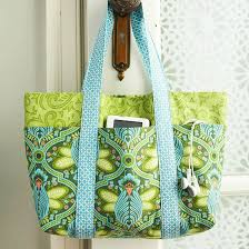 Free Quilted Tote Bag Pattern | PatternPile.com - sew, quilt, knit ... & Sew a Lined Multi-Pocket Tote Bag Adamdwight.com