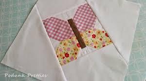 Podunk Pretties: Podunk Posy quilt, Butterfly corner block tutorial & Podunk Posy quilt, Butterfly corner block tutorial Adamdwight.com