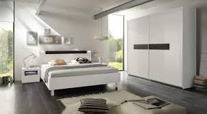Camera Da Letto Grigio Bianco : Camera da letto larice bianco con armadio dietro