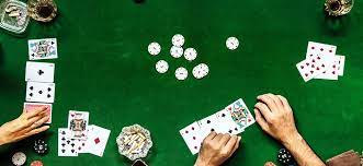 In typical seven card stud, as mentioned above, the cards in each player's hand end up. How To Play 7 Card Stud Hi Lo Poker Rules Upswing Poker