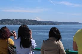 photographing mount rainier from the bainbridge island ferry kurt jacobson photos