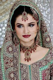 beautiful dulhan actress by hi5 wallpaper free hd wallpaper