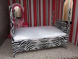 Diy barbie doll furniture Barbie Dream House Ridiculously Easy Diy Barbie Bedi Made One Of These Using Cardboard And Pencils That Were Not Sharpened And Black Tape Pinterest Ridiculously Easy Diy Barbie Bedi Made One Of These Using