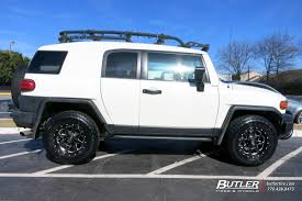 Toyota FJ Cruiser with 17in Fuel Boost Wheels exclusively from ...