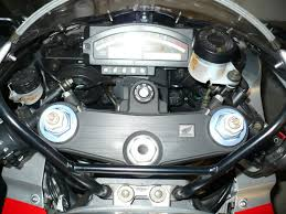 the definitive f4i gauge swap to f4 th cbr forum here s a pic of my rc51 gauge front cowl area like i m talking about