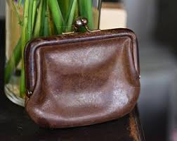 Vintage Leather Coach Kiss Close Coin Purse