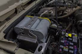 how to diy jk wrangler dual isolated batteries expedition portal install the min add a circuit fuse holder in the jk fuse block in the location indicated on the picture below this will trigger the solenoid to turn on