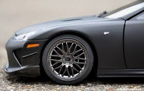 lexus lfa black rims. the extendable rear spoiler on lexus lfa black rims