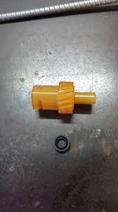 Found 19 Tooth Speedometer Gear Pb Trans For B Bodies