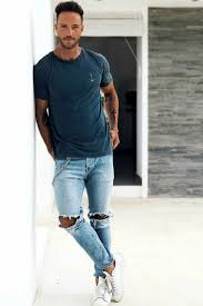 Light Blue Jeans Men S Style 9 Everyday Mens Street Style Looks To Help You Look Sharp