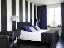 Black White Wall Color Bedroom Decorating Stripes.gif