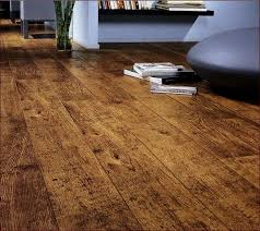 rubber flooring that looks like wood tiles look tile pros and cons