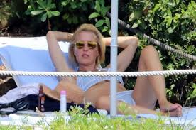 Gillian Anderson Flashing Her Pussy On The Beach PureCelebs