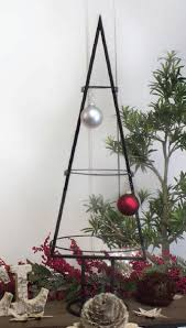Wrought Iron Ornament Display Stand Delectable Wrought Iron Twig Display StandOrnament Stands Wrought Iron Twig