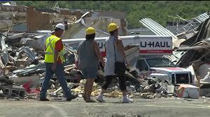 Customers Sort Through U-Haul Storage After Destructive Tornado | wnep.com