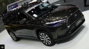พาชม Toyota Corolla Cross 1.8 Hybrid Premium Safety ภายนอก ภายใน - YouTube