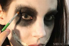 freaky femme joker makeup step 7