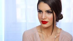 easy clic red lip makeup look makeup tutorials and beauty reviews camila coelho you