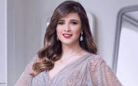 بالصور: ياسمين عبد العزيز بأحدث ظهور لها بعد شفائها وعودتها إلى مصر