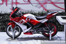 Hero Karizma Zmr Red And White Side At Auto Expo 2016 Indian