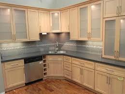 maple shaker cabinets beautiful light maple kitchen cabinets