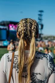 รบสอยไปแซบ 20 ทรงผมสดฮปจากเทศกาลดนตร Coachella 2017