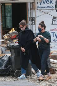Jennifer anne garner (born april 17, 1972) is an american actress. Jennifer Garner Tears Down Brentwood Home For Renovated Abode