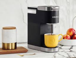 With this compact model, you can brew 25 ounces of joe at a time, which is great if you don't need to make a. Keurig K Mini Plus Portable Coffee Maker Lets You Enjoy Great Coffee Anywhere