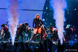 Did At Things Swift Metlife Amazing Top Utter Stadium 5 The Taylor wYnqZXxEPB