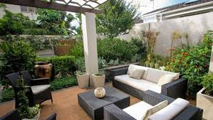 Small Picture Dos and donts for a great courtyard garden Stuffconz