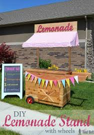 Build the cutest Lemonade Stand on the block and it's even on wheels! This  lemonade
